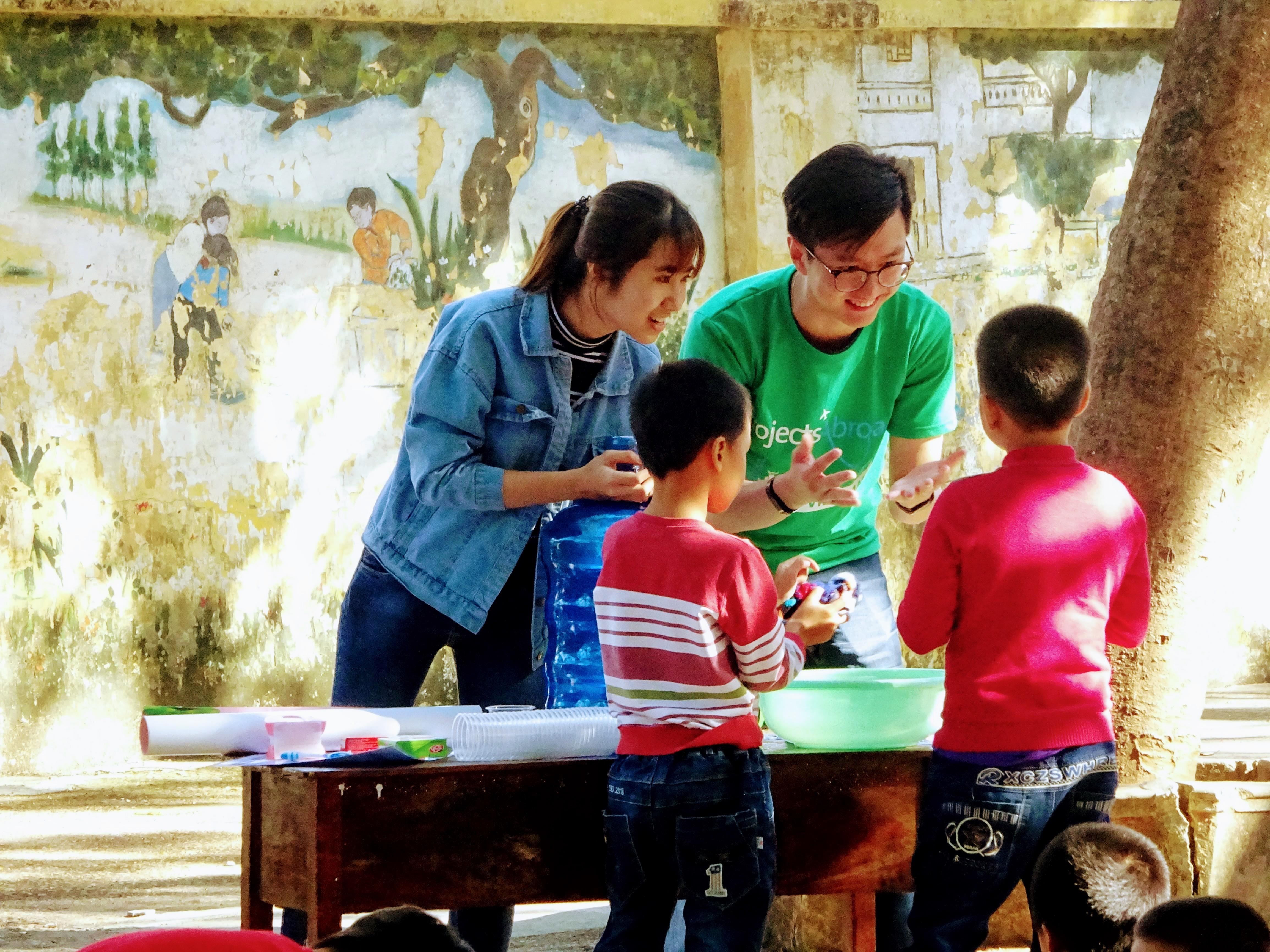 Volunteer with Children in Vietnam | Projects Abroad